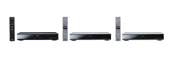 """画像:デジタルハイビジョンチューナー内蔵HDD搭載DVDレコーダー""""スゴ録"""" 『 RDZ-D900A 』 『 RDZ-D800 』 『 RDZ-D700 』 (左から)"""