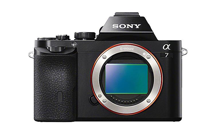 デジタル一眼カメラ α7 ボディ ILCE-7