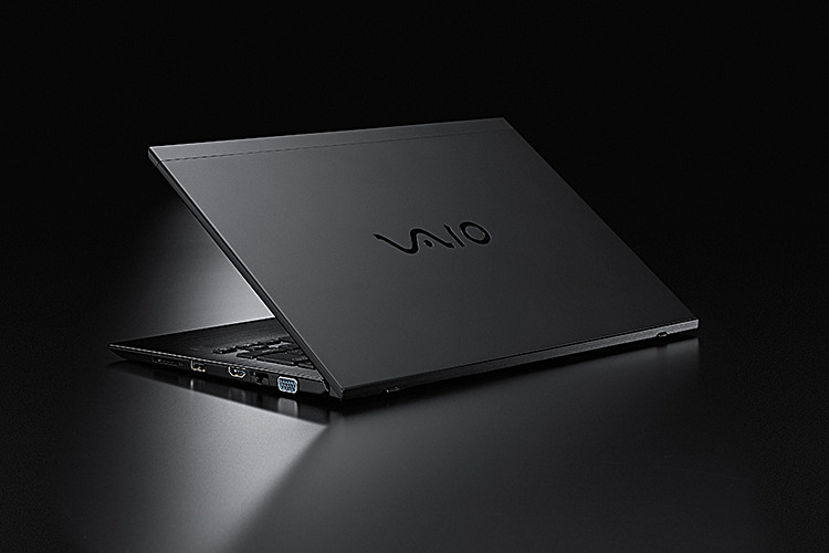 VAIO S13 | ALL BLACK EDITION