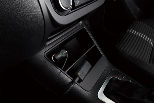 Sony ACC-DCBX for Action Cam - набор с автомобильным зарядным устройством